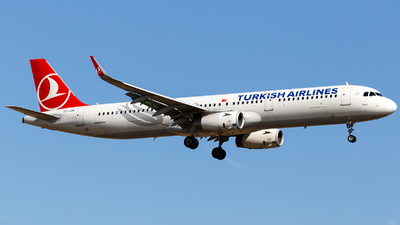 TC-JSK - Airbus A321-231 - Turkish Airlines