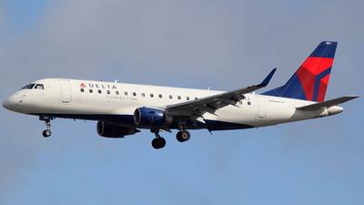 N604CZ - Embraer 170-200LR - Delta Connection (SkyWest Airlines)