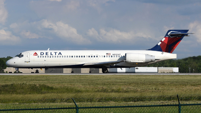 A picture of N932AT - Boeing 717231 - Delta Air Lines - © DJ Reed - OPShots Photo Team