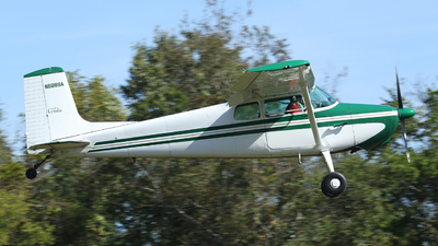 N6888A - Cessna 172 Skyhawk - Private