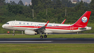 A picture of B1660 - Airbus A320232 - Sichuan Airlines - © zjs