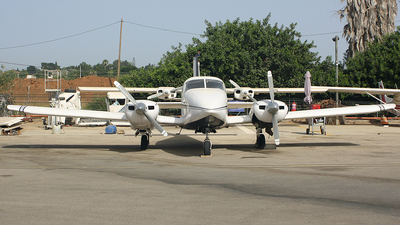 A picture of 4XCCM - Piper PA23 Aztec 250F - [277854078] - © Moti Shvimer
