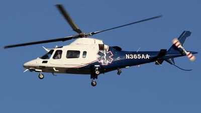 N365AA - Agusta A109E Power - Air Methods