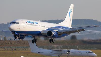 A picture of YRBAZ - Boeing 737405 - [24644] - © Bianca Renz