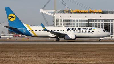 UR-PSG - Boeing 737-85R - Ukraine International Airlines