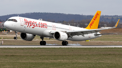 A picture of TCRBC - Airbus A321251NX - Pegasus Airlines - © Marco Wolf