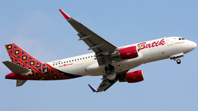 Pk lum airbus a320 214 batik air flightradar24 sabian azarya jetphotos aircraft photo stopboris Image collections
