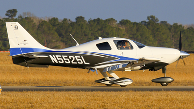 A picture of N5525L - Cessna T240 Corvalis TTx - [T24002039] - © Roger M