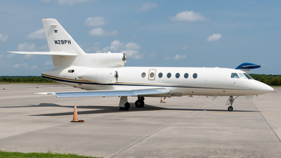 A picture of N28PH - Dassault Falcon 50 - Chicago Jet Group - © Devin | Charleston Spotter