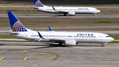 A picture of N38257 - Boeing 737824 - United Airlines - © Rocky Wang
