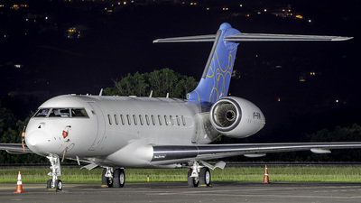 VP-BVM - Bombardier BD-700-1A10 Global 6000 - Private