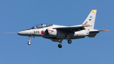 86-5605 - Kawasaki T-4 - Japan - Air Self Defence Force (JASDF)