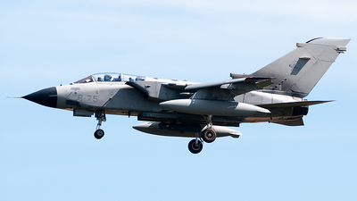 MM7013 - Panavia Tornado IDS - Italy - Air Force