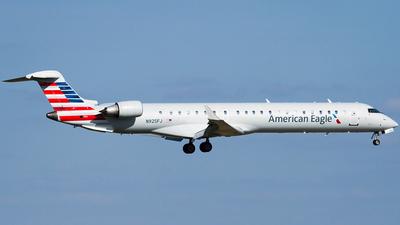 N925FJ - Bombardier CRJ-900ER - American Eagle (Mesa Airlines)