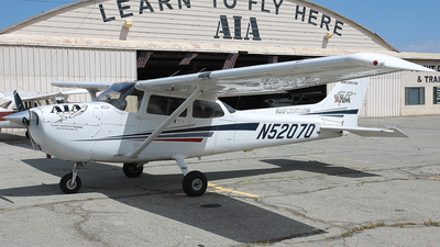 N52070 - Cessna 172S Skyhawk SP - AIA Flight