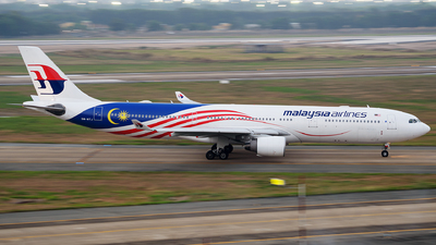 A picture of 9MMTJ - Airbus A330323 - Malaysia Airlines - © Cao Kim Do
