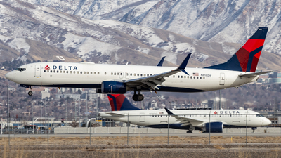 A picture of N818DA - Boeing 737932(ER) - Delta Air Lines - © John Marzo