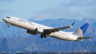 N69835 - Boeing 737-924ER - United Airlines
