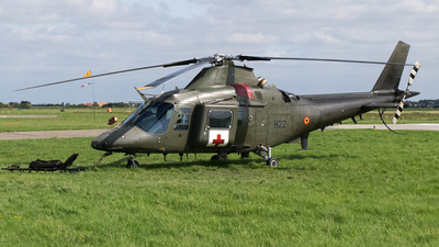 H22 - Agusta A109BA - Belgium - Air Force