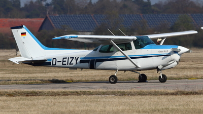 D-EIZY - Cessna 172RG Cutlass RG II - Private
