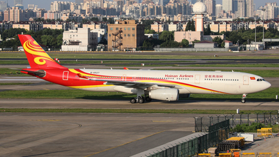 A picture of B6527 - Airbus A330343 - Hainan Airlines - © Ronnie Zhou