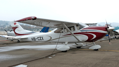 A picture of HBCZX - Cessna T182T Turbo Skylane - [T18208965] - © Giovanni Curto