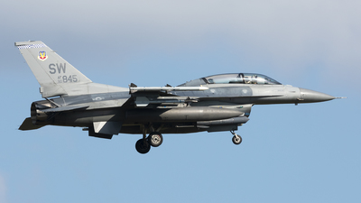 90-0845 - Lockheed Martin F-16D Fighting Falcon - United States - US Air Force (USAF)