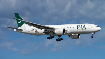 A picture of APBGZ - Boeing 777240(LR) - Pakistan International Airlines - © Ramon Jordi