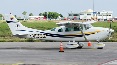 YV1352 - Cessna 206H Stationair - Private
