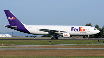 A picture of N717FD - Airbus A300B4622(F) - FedEx - © Michael Durning