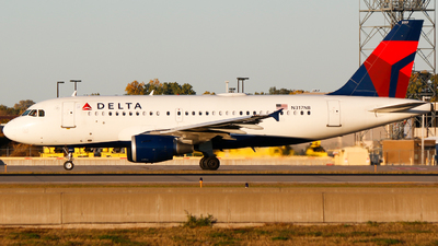 A picture of N317NB - Airbus A319114 - Delta Air Lines - © Alec Mollenhauer