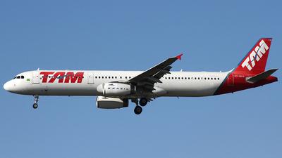 PT-MXA - Airbus A321-231 - TAM Linhas Aéreas