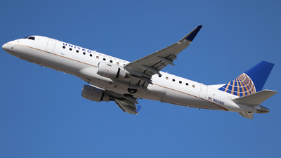 A picture of N601UX - Embraer E175LL - United Airlines - © Nate Morin
