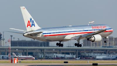 A picture of N363AA - Boeing 767323(ER) - [24044] - © Kim Vanvik