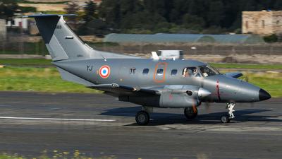089 - Embraer EMB-121 Xingú - France - Air Force