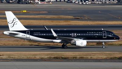 JA21MC - Airbus A320-214 - Starflyer