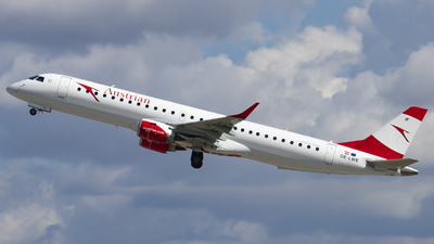 A picture of OELWE - Embraer E195LR - Austrian Airlines - © Kevin Schaaser
