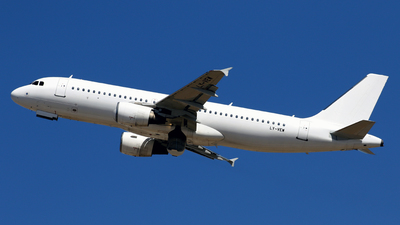 LY-VEW - Airbus A320-214 - Avion Express