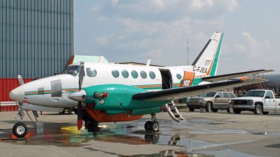 C-FJEA - Beechcraft A100 King Air - Buffalo Airways