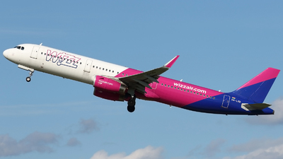 A picture of HALXD - Airbus A321231 - Wizz Air - © Pawel Cieplak