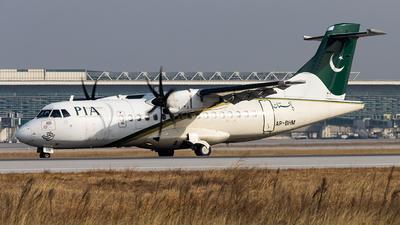 A picture of APBHM - ATR 42500 - Pakistan International Airlines - © M. Umar Aziz