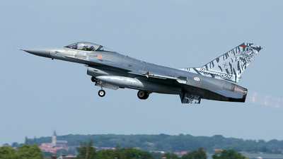 15106 - General Dynamics F-16AM Fighting Falcon - Portugal - Air Force