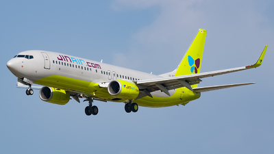 A picture of HL8246 - Boeing 7378SH - Jin Air - © YunHyeokChoi