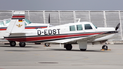 D-EDST - Mooney M20F Executive 21 - Private