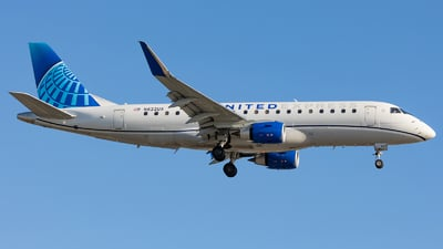 A picture of N622UX - Embraer E175LL - United Airlines - © Wes Loeffler