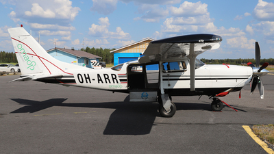 OH-ARR - Cessna T206H Turbo Stationair - Private