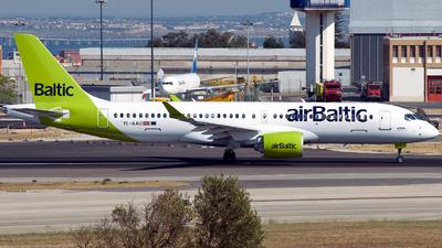 YL-AAU - Airbus A220-371 - Air Baltic