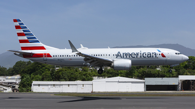 A picture of N329SL - Boeing 737 MAX 8 - American Airlines - © chalymtz