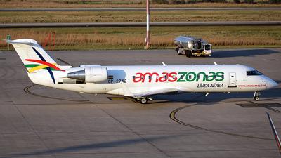 A picture of CP2742 - Mitsubishi CRJ200LR - Amaszonas - © La Roche Spotters