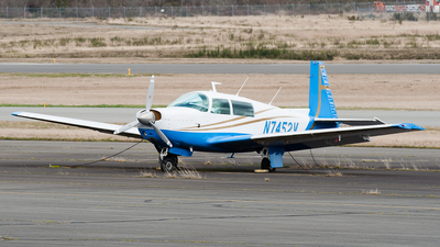 A picture of N7452V - Mooney M20F - [221229] - © SpotterPowwwiii
